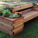 Banca din lemn cu jardiniere incorporate