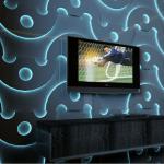 Perete texturat cu panouri iluminate in albastru