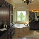 Baie cu mobilier wenge in stil clasic