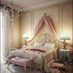 Dormitor in stil romantic cu baldachin si petale
