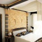 Dormitor cu coloane egiptene si noptiere elegante