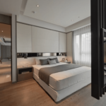 Dormitor cu suport tv suspendat