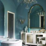 Baie albastra luxoasa cu tavan boltit