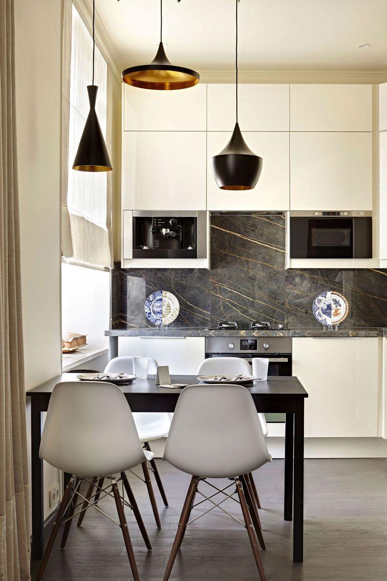 Bucatarie moderna cu marmura neagra