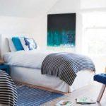 Dormitor alb cu albastru pentru baietel