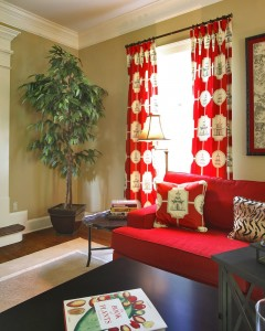 big-plant-pot-for-a-living-room-combined-by-classic-sofas-accented-by-mid-century-curtains-pattern